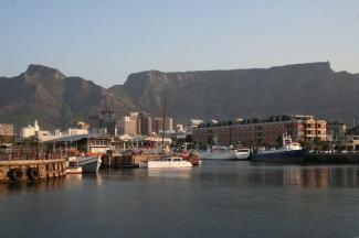 V&A waterfront & table mountain