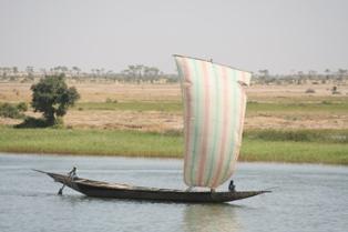 Sail boat onNiger