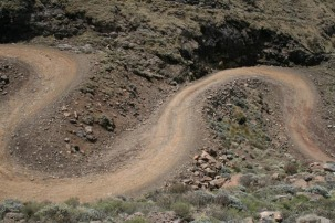 hairpin bends - 4 wheel drive only!