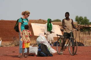Waiting at the infamous Djenné crossroads