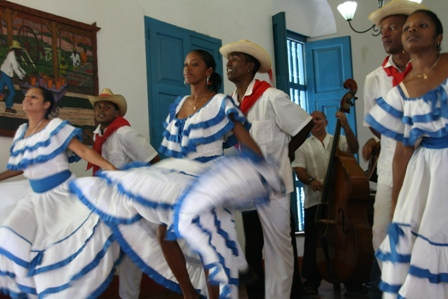 Dancers at Casa Ignaza