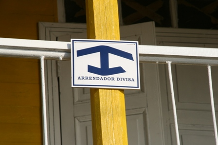 Casa Particular insignia