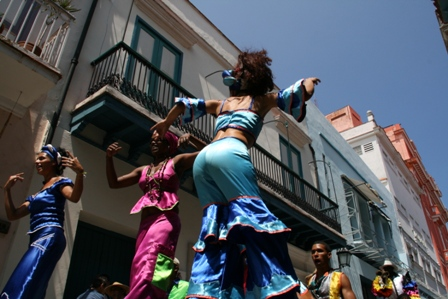 Stilt dancers in Havana, Festival of Movement